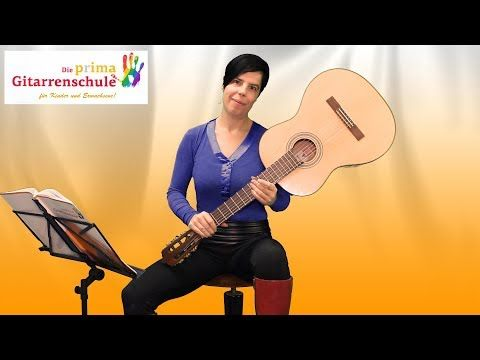 54 Gitarre Stimmen Nach Gehor Youtube In 2020 Guitar Music Instruments Instruments