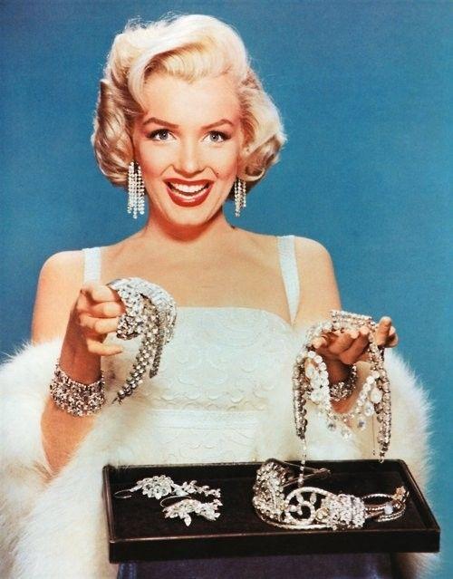 Happy Birthday Marilyn Monroe... Diamonds are a girl's best friend :)