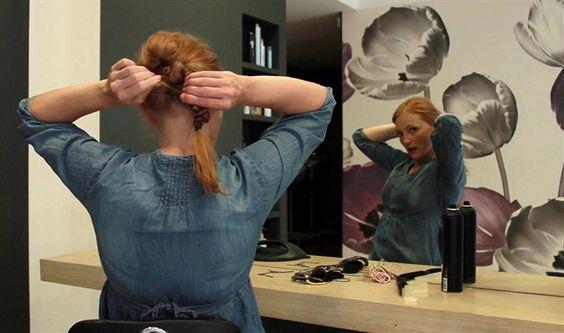 Drdoly nás fascinují, ale jejich příprava nás trochu děsí. Většinou je totiž komplikovaná, zdlouhavá a navíc je k ní potřeba spousta různých pomůcek. Jde to však i jednoduše, myslí si vlasová stylistka Blanka Hašková. Ve videu radí, jak si rychle vytvořit tři módní spletené účesy.