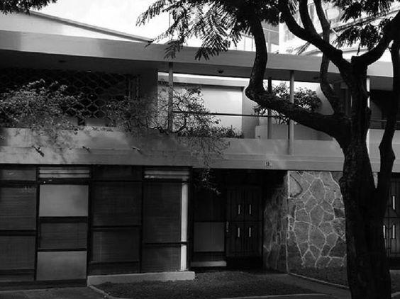 CASA PARTICULAR, Cali, 1947. Arq. HELADIO MUÑOZ.                                              Fuente: Revista Proa
