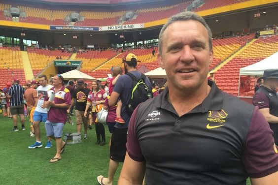 Brisbane Broncos players, club officials rally behind CEO Paul...: Brisbane Broncos players, club officials… #BrisbaneBroncos #Broncos