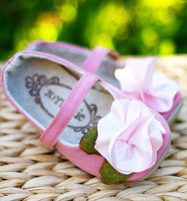 Joyfolie makes some of the most beautiful little baby shoes I've ever seen.