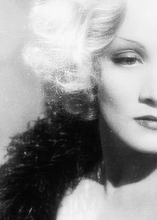 """Marlene photo publicitaire pour """"Desire"""", 1936."""