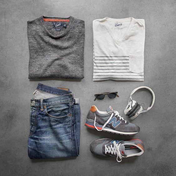 "Sneakers: @newbalance 996 Made in USA @newbalanceus Pullover/T-Shirt: @grayers Denim: RRL @ralphlauren Glasses: @davidkind Headphones: @vmoda"""