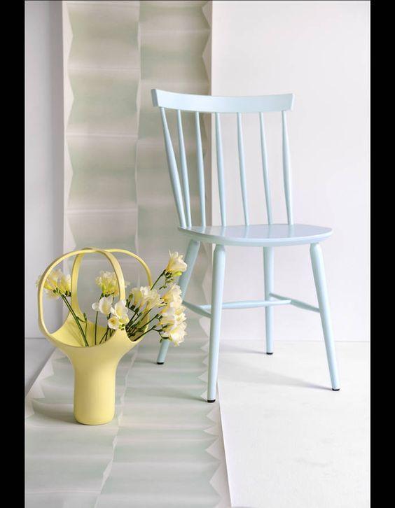 Chaise bleue