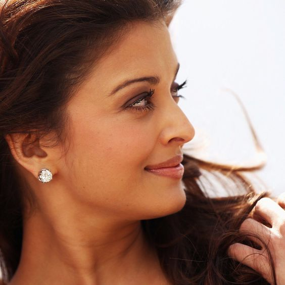 hd widescreen wallpapers 1080p bollywood actress aishwarya