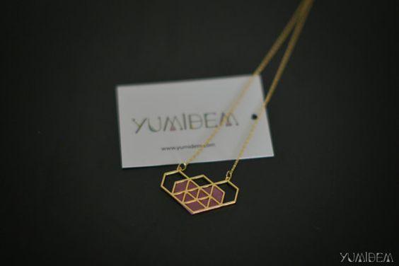 collier coeur géométrique rose plaqué or