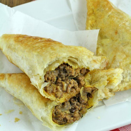 Get this easy and yummy recipe for Spicy Beef Jamaican Patties. They ...