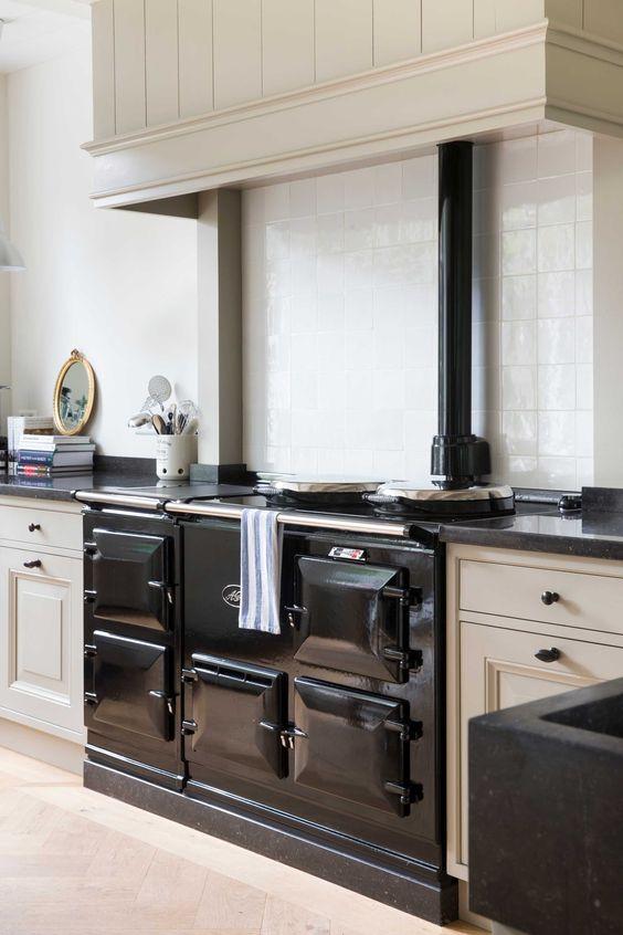 Landelijke keuken zwart grijs aga de zeug   kitchen / keuken ...