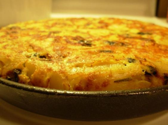 Tortilla Española (Spanish Omelet) - Hispanic Kitchen