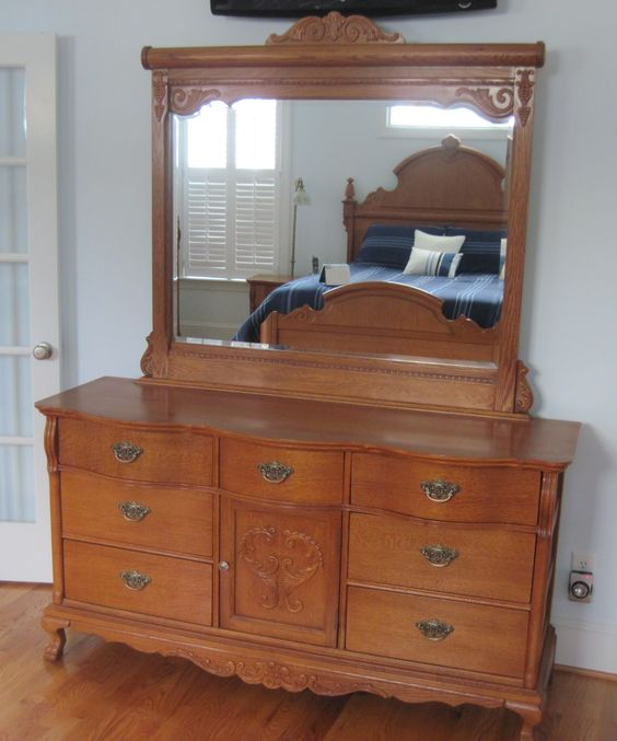 Dresser and mirror lexington victorian sampler furniture - Lexington victorian bedroom furniture ...