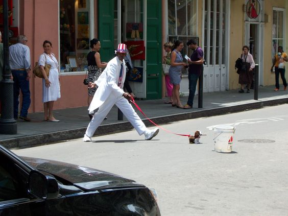 He's real! Dawg's fake! New Orleans