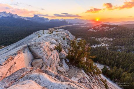 View of Yosemite National Park from the summit of Lembert Dome