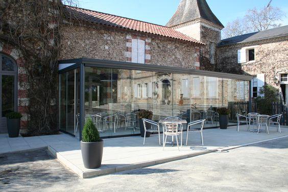 Château de Buros - Escalans (Landes) - terrasse extérieure du restaurant