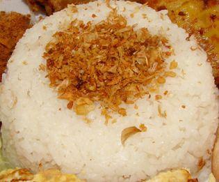 Exotische recepten: Indonesische recepten: Nasi Uduk: gekruide rijst gestoomd in kokosmelk