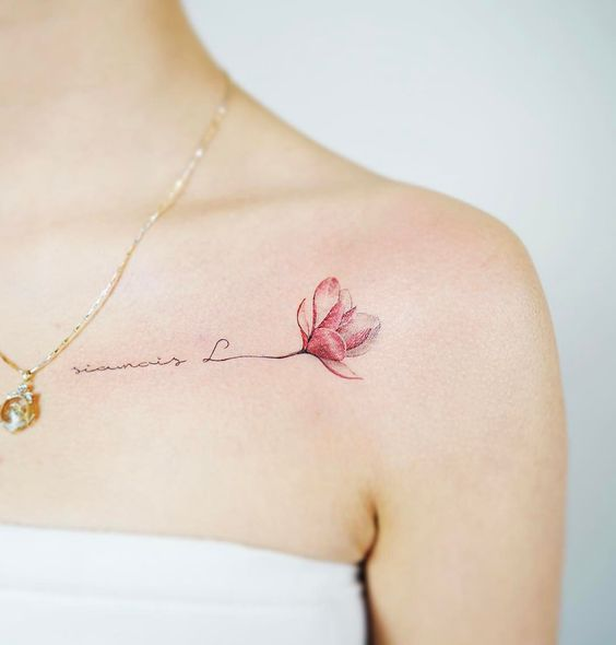 hình xăm chữ và hoa cho nữ