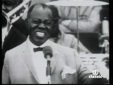 LOUIS ARMSTRONG- What A Wonderful World: Favorite Music, Armstrong Song, Mama Louis, Louis Armstrong, Mi Musica, Music Videos, Armstrong Singing, Videos Music