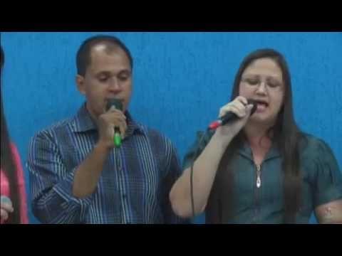 As três coroas - Ozeias Marciana Liliane Ana - Encontro Nacional de Pastores Acesse Harpa Cristã Completa (640 Hinos Cantados): https://www.youtube.com/playlist?list=PLRZw5TP-8IcITIIbQwJdhZE2XWWcZ12AM Canal Hinos Antigos Gospel :https://www.youtube.com/channel/UChav_25nlIvE-dfl-JmrGPQ  Link do vídeo As três coroas - Ozeias Marciana Liliane Ana - Encontro Nacional de Pastores :https://youtu.be/qxuqXW0viUI  O Canal A Voz Das Assembleias De Deus é destinado á: hinos antigos músicas gospel Harpa…