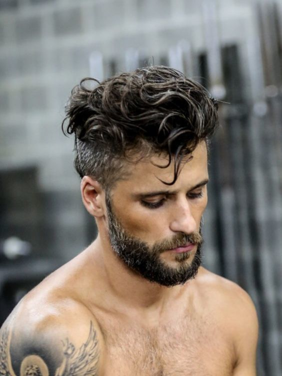 Peinados para hombres cabello largo 2020