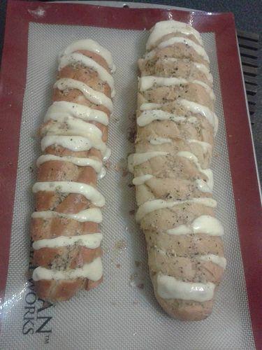 Baguete com Queijo VIP em duas versões