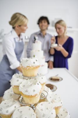 Cómo planificar una boda de bajo presupuesto   eHow en Español