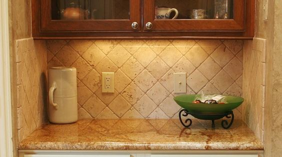 Travertine diagional kitchen backsplash tile backsplash for 4x4 travertine tile backsplash