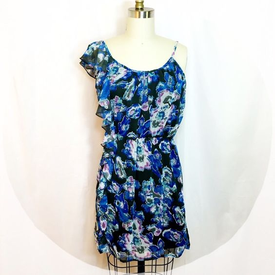 Blue Floral Dress Blue Floral Dress - perfect for Spring! Has lining inside. Angie Dresses