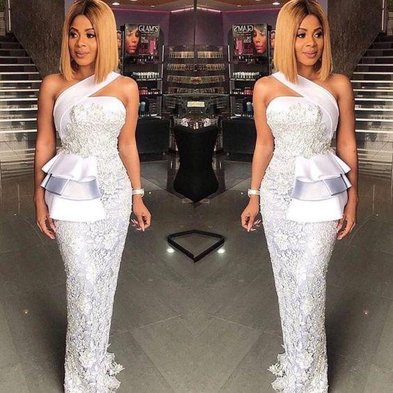 Sleek@empress_jamila in @shebybena #AsoEbiBella ✨upload your #asoebi styles on www.asoebibella.com✨ #Africanfashion