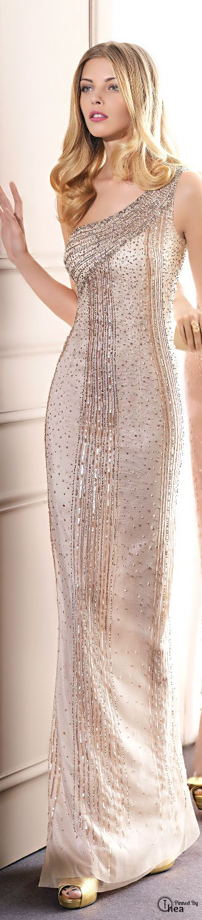 Haute couture dresses prom and women 39 s fashion on pinterest for Women s haute couture clothing