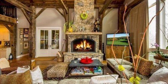 冬に訪れたい最高級のログハウス。暖炉のある生活っていいよね。
