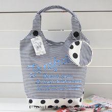 Túi vải nữ thiết kế kiểu dáng độc đáo, họa tiết trẻ trung, phong cách