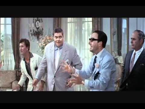 Caccia alla volpe / After the Fox (1966) (6:38)