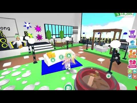 Touring A Friends House In Adopt Me Youtube Millionaire Mansion Cute Room Ideas Build Your Own House