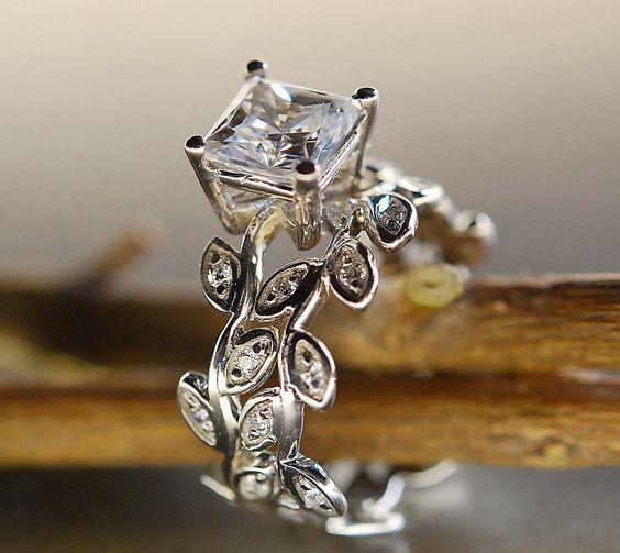 Princess cut moissanite. Leaf engagement ring set. 14k gold wedding set. wow.