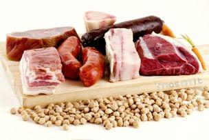 Arreglo para Cocido. Todo lo que necesitas, fresco y listo para que elabores un cocido de calidad. Huesos frescos, morcilla, chorizo, puntas de jamón, tocino...  #Cocido #arreglos #compangos http://masmit.com/ Tu marca de calidad en carne online.