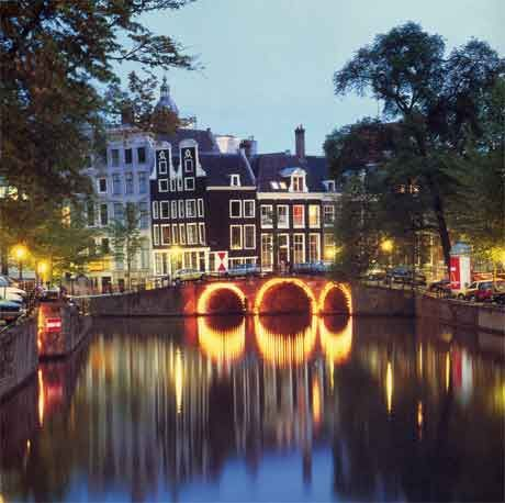 Amsterdam @ Night Completed April 4th, 2012! Such an amazing trip and would love to return once again! :)
