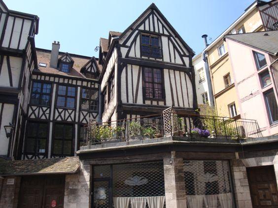 wunderschöne Hausfasaden gefunden in Frankreich  Urlaub 2012