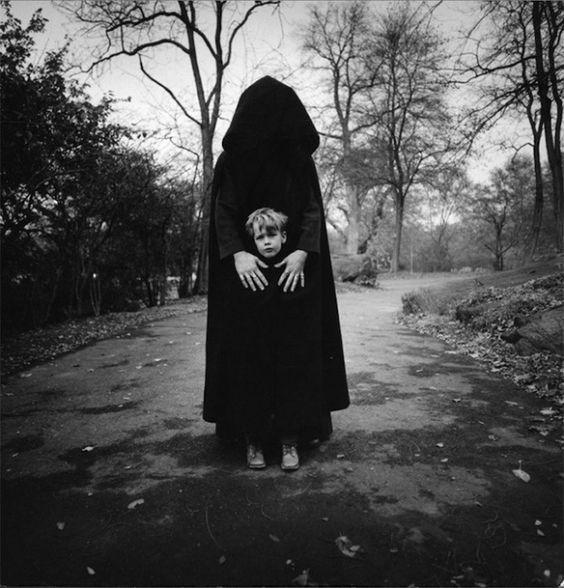 Fotografías que retratan las pesadillas infantiles: