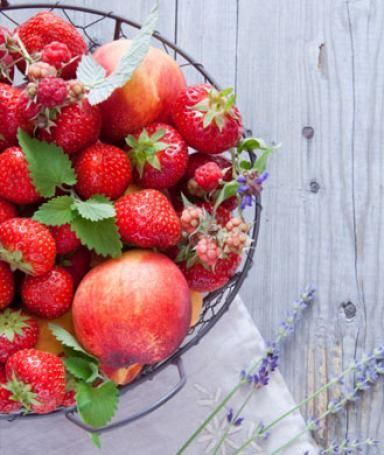 Still 2 months of summer left...plenty of time to try these 12 recipes for summer produce from the Santa Monica Farmers' Market!