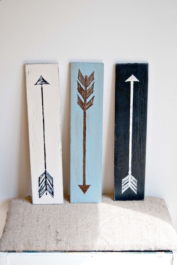 Simple Decor. Color contrast arrows on wood. Really love this .