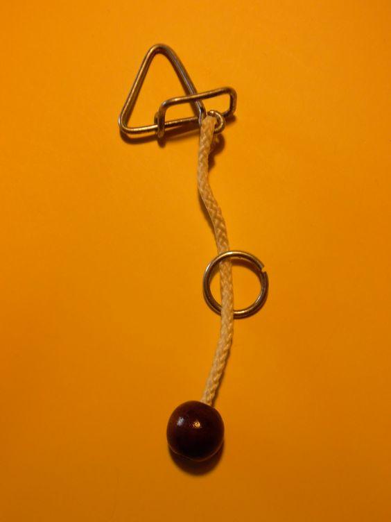 Quebra-cabeças executado por Alberto Freire.