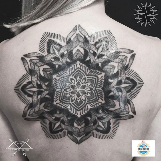 Guest artist: Nazareno Tubaro #tattoo #tattooed #ink #inked #tattoocollective #tattooaddicts #tattooworkers #tattooartist #bodyart #tattooedgirl #skinartmag #pinketerst #skinart_mag #skinartmagtraditional #thebestspaintattooartists #anchor #tattoo #tattooed #ink #inked #tattoocollective #tattooaddicts #tattooworkers #tattooartist #bodyart #tattooworld #tattooart #skinartmag #geometrictattoo #inkedup #thebestspaintattooartists #valenciatattoos #tatuajesvalencia