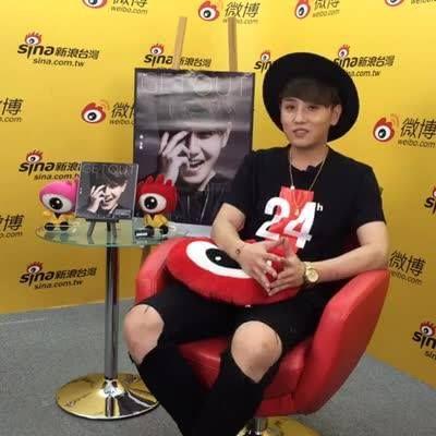 #微博大來賓 音樂玩童 趙泳鑫Steelo 帶新專輯[GET OUT]來直播唱歌給你聽!