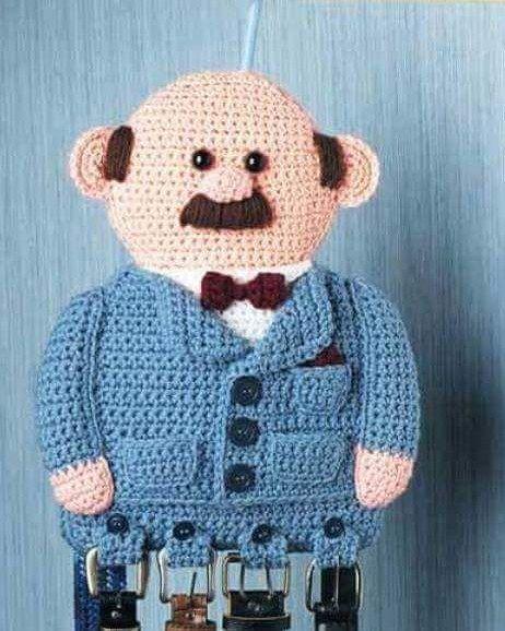 Organizador para cintos! :) #InésCrochet #organizador #organizadorCrochet #ganchillo #crochet #CrochetLove #Croché #amigurumis #amigurumi #hechoamano #tejidos #tejidocrochet #decohogar #Tejidoalcrochet #arte #artesano #decoración #Diseño #diseng #instacrochet by inescrochet