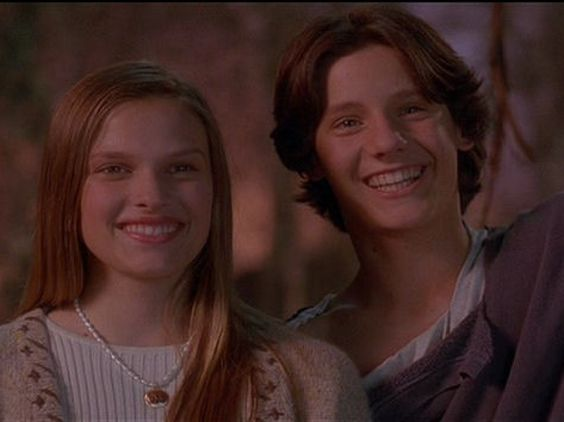 Reunions, Vinessa shaw and Hocus pocus 1993 on Pinterest