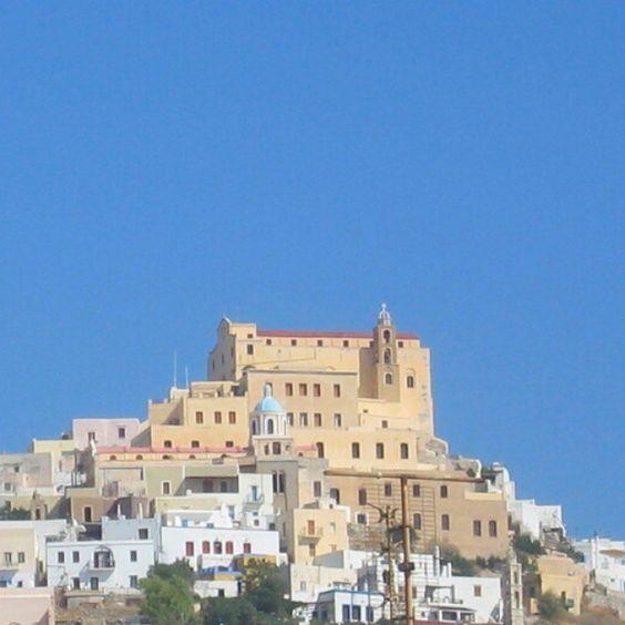 """""""Ano Syros. #syros #anosyros #cyclades #greece #hellas #hellasforum #holiday #travel #grekland #summer #griechenland #egeerhavet #aegean #reise…"""""""