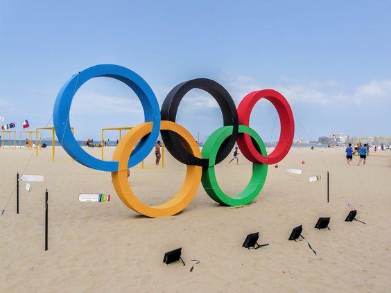 https://flic.kr/p/JFXCrm | Anéis Olímpicos Rio 2016 | Na Praia de Copacabana. Rio de Janeiro, Brasil.  Que tenhamos um mês de muitas conquistas olímpicas! :-)  ______________________________________________  Olympic Rings Rio 2016  At Copacabana Beach, Rio de Janeiro, Brazil.  Let's have a month witth many Olympic achievements! :-)  ______________________________________________.  Buy my photos at / Compre minhas fotos na Getty Images  To direct contact me / Para me contactar diretamente…