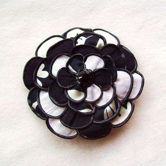 Blooming corsage and hair clip  classic b&w by begurple on Etsy (Accessories, brooch, ornament, australia, dust team, begurple, fascinator small, lapel pin, hair, clip, fabric flower, black and white, classic elegant, my fair lady)