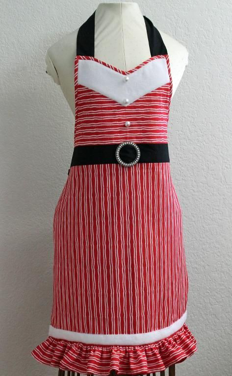 A Holiday Apron for ... by Barbara Weiland | Quilting Pattern - Looking for your next project? You're going to love A Holiday Apron for Mrs. Santa Claus by designer Barbara Weiland. - via @Craftsy