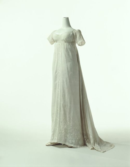 Dress  1802  The Kyoto Costume Institute